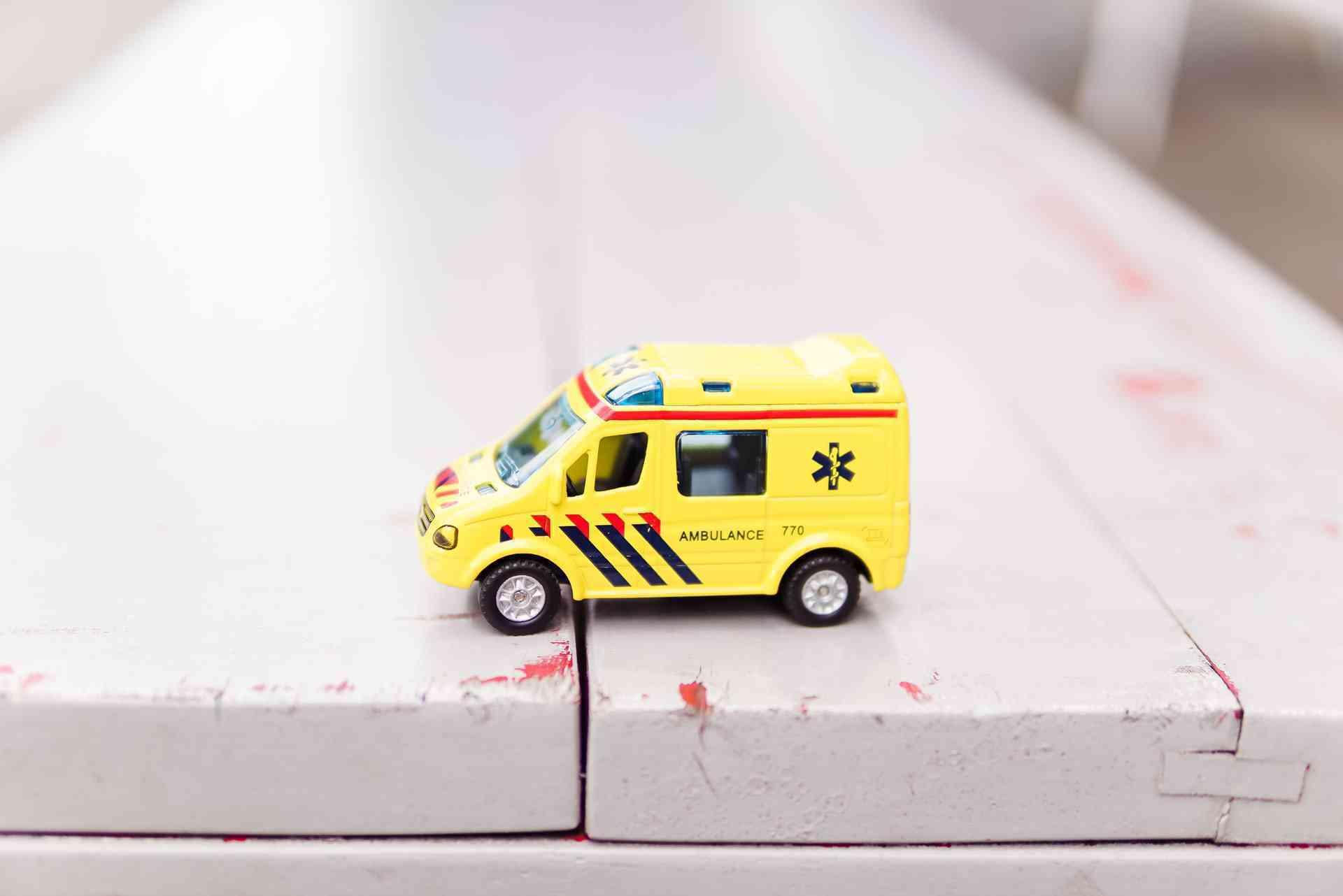 UofA: to establish First Paramedic and Emergency Medicine Center