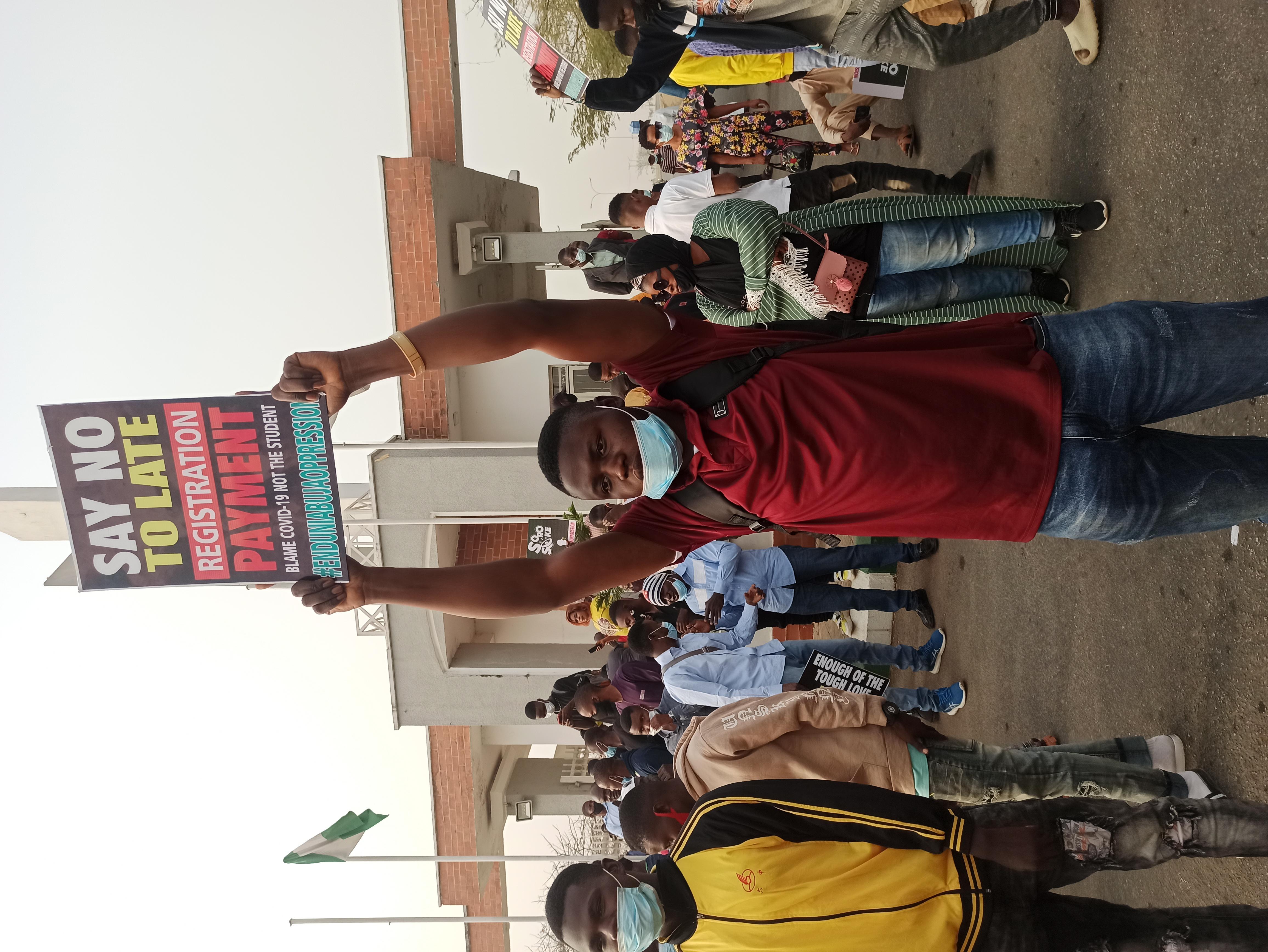 Uniabuja students protesting